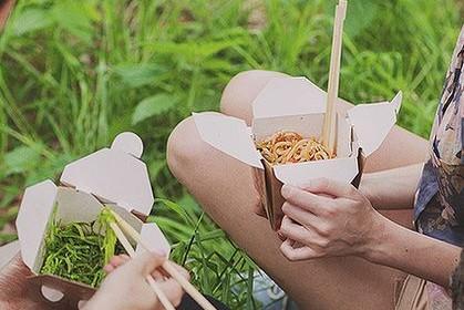 Еда в коробках